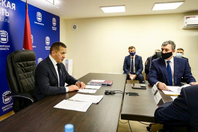 """远东联邦区全权代表:""""弗拉基米尔·普京创建了阿穆尔州发展的主要框架"""" /远东联邦区全权代表尤里·特鲁特涅夫举行了一次关于阿穆尔州地区社会经济发展的会议。州长瓦西里·奥尔洛夫(Vasily Orlov)谈到了大流行期间2020年阿穆尔州的发展情况。尤里·特鲁特涅夫(Yuri Trutnev)在会议开幕时指出:""""阿穆尔州发展的主要框架是由俄罗斯总统弗拉基米尔·普京(Vladimir Putin)决定的,它在这里建立了许多大型设施。"""