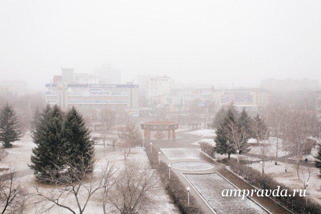气象学家预计在晚上和早晨将出现霜雾/明天(1月3日明天),预计该地区某些地区在早上和晚上会出现霜雾。该地区的天气将是多云,无降水。西北风将以每秒0-5米的速度吹拂,其风速最高可达每秒10米。