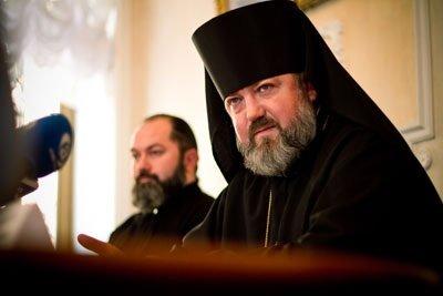 Епископ Лукиан обратился к благовещенцам в связи с осквернением поклонного креста в микрорайоне A62wgaifyxsa-640