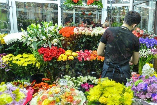 Цветы купить, высылают цветы по почте - магазины