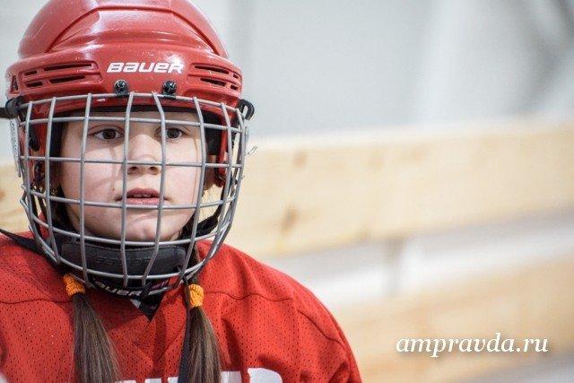 В 2014 году Саша Нестерова стала лучшим игроком областного турнира по хоккею.