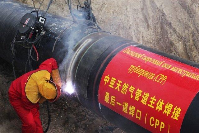 Трансграничный газопровод через Амур начнут строить этим летом вблизи Благовещенска / С 1 июня Китайская национальная нефтегазовая корпорация (CNPC) начала строить свою часть магистрального газопровода «Сила Сибири». Этим же летом CNPC и Газпром, согласно подписанному в декабре 2015 года соглашению, начнут строить трансграничный участок через реку Амур. Он пройдет вблизи Благовещенска.