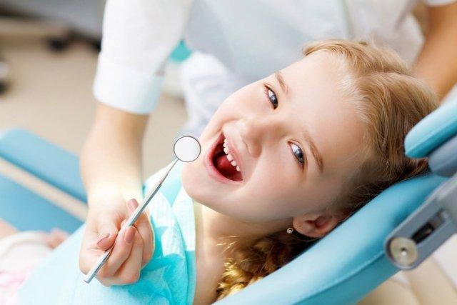 Какие стоматологические услуги можно получить бесплатно по полису ...