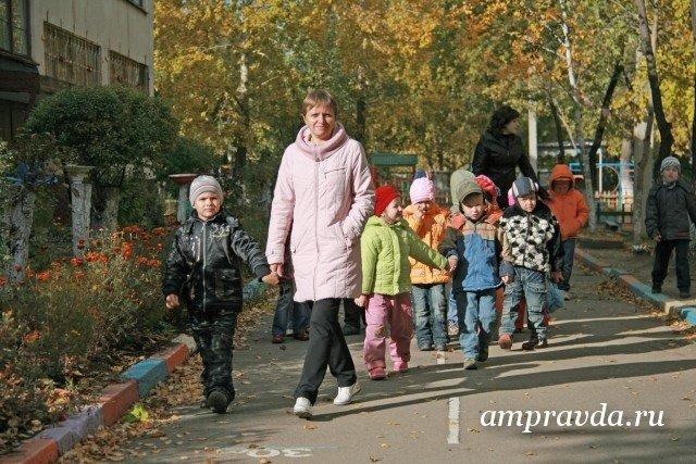 Д. Медведев поздравил преподавателей сихпервым Днем воспитателя