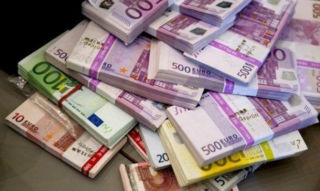 ВПриамурье будут судить кореянку законтрабанду 30 тыс. долларов