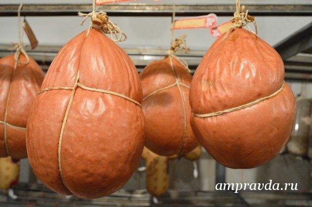 Партию колбасы сгеномом чумы свиней ввезли вХабаровск