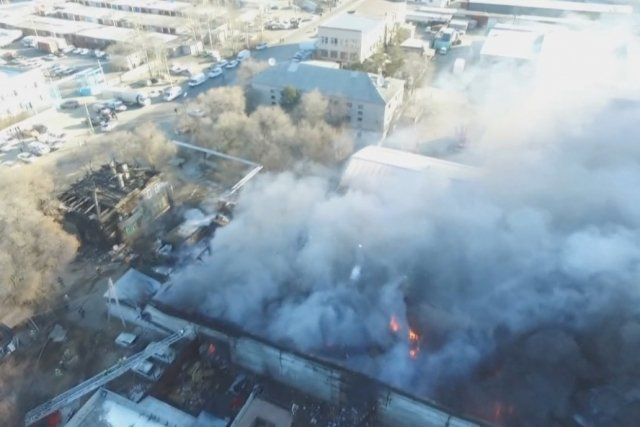 Вред отпожара наскладе вБлаговещенке превысил 70 млн руб.