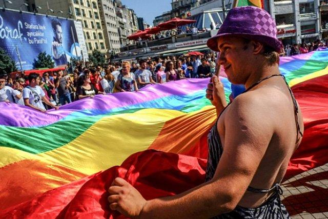 Власти Благовещенска, Биробиджана иХабаровска запретили проведение гей-парадов