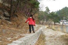 Как защитить ребенка от клещей на природе и даче