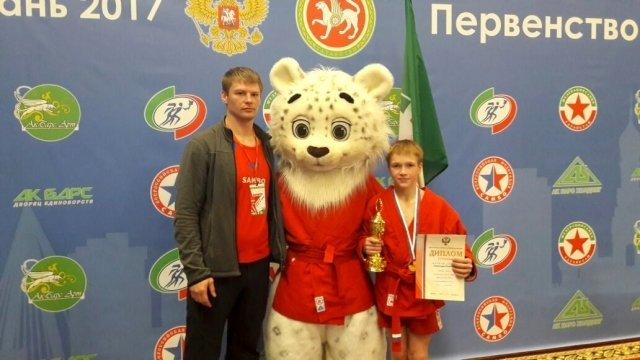 Максим Мерзляков одержал 7 побед впервенстве РФ посамбо