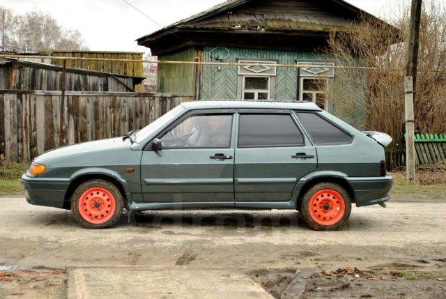 Составлен рейтинг машин, которые впервую очередь реализуют жители России