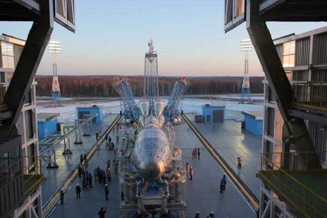 Космический конструктор: накосмодроме «Восточный» подготовили кстарту ракету «Союз-2.1б»