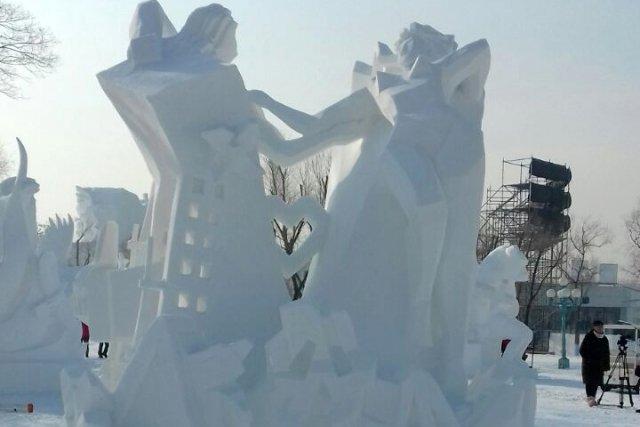Снежная скульптура амурских пожарных заняла 3-е место нафестивале в КНР