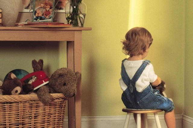 Психолог Михаил Лабковский: «Категорически нельзя бить детей! »