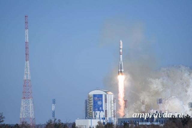 Скосмодрома «Восточный» стартовала ракета «Союз» соспутниками