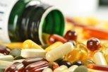 Пить или не пить: врач-эндокринолог о вреде ипользе популярных витаминов имикроэлементов