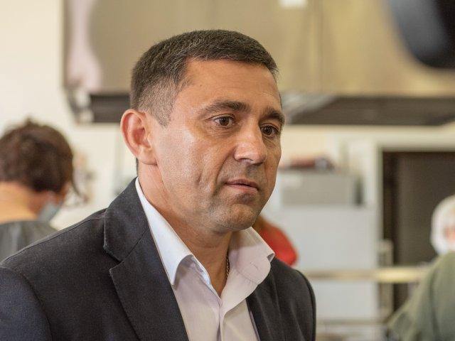 布拉戈维申斯克市市长患冠状病毒/阿穆尔州首府奥列格·伊马梅耶夫市长患冠状病毒。他于10月5日星期一在Instagram上撰写了有关此内容的文章。