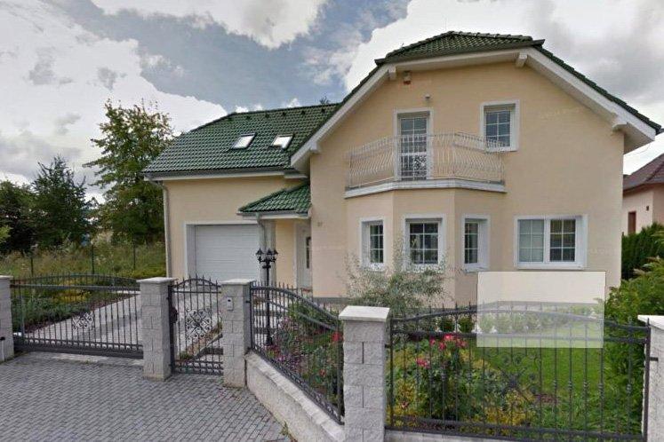 Депутат амурского парламента четыре года скрывал в своих декларациях бизнес и дом в Чехии