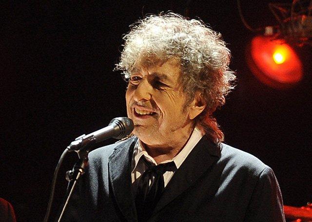 Нобелевскую премию политературе получил Боб Дилан