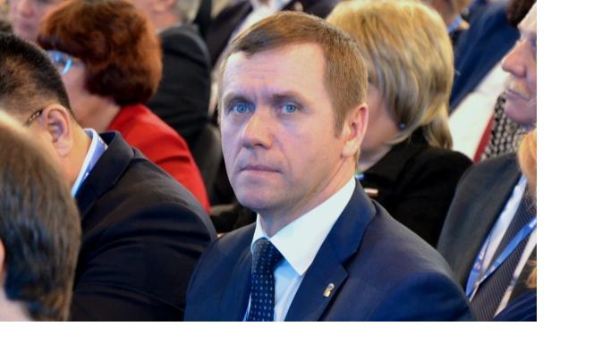 Александр балуев член партии единая россия