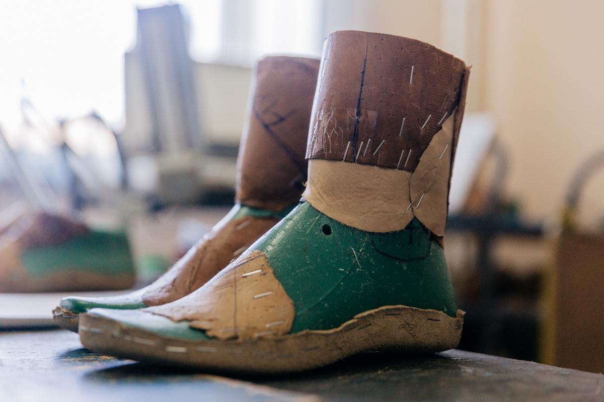 где купить обувь на нестандартные ноги в кироев носила его виде