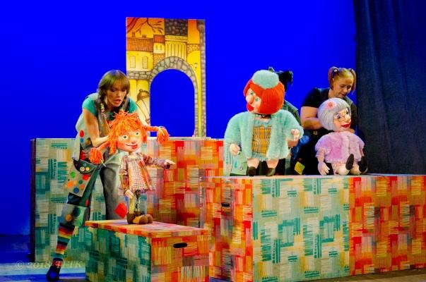 Тула ждёт: после открытия 58-го сезона Амурский театр кукол улетает на большие гастроли