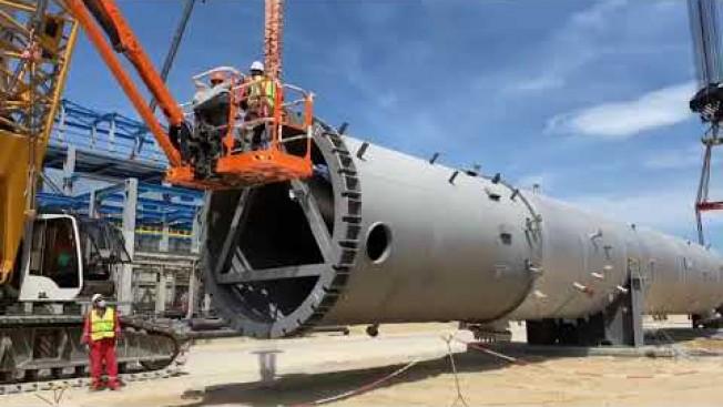 На Амурском ГПЗ установили 110-тонную колонну выделения этана